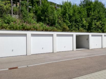 Garagen Im Raidental